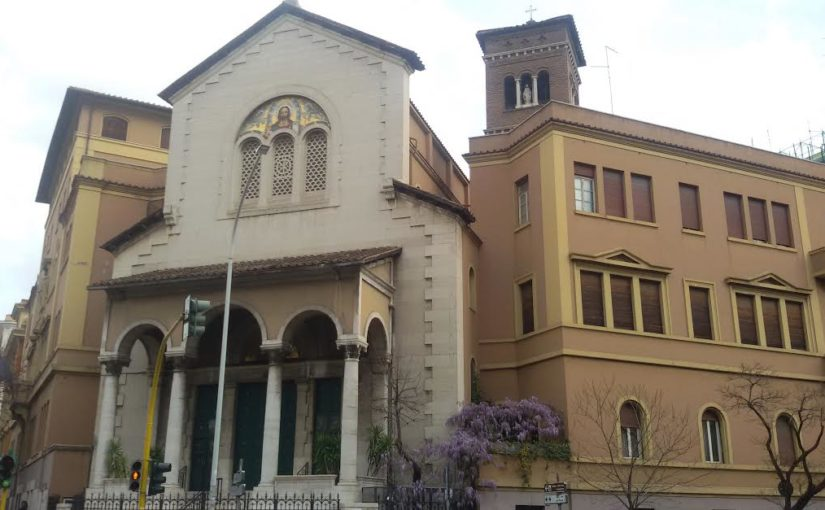 VATICANO – LEFEBVRE A UN PASSO DALLA FIRMA DELL'ACCORDO. LE FOTO DELLA POSSIBILE NUOVA SEDE A ROMA