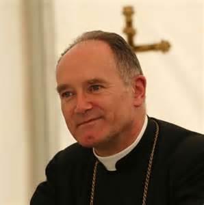 LEFEBVRE. NOTIZIA DI UNA NUOVA CONCESSIONE DA ROMA: ORDINARE SACERDOTI SENZA PERMESSO DEL VESCOVO DIOCESANO.